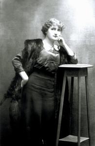 Jane Lamba vers 1920